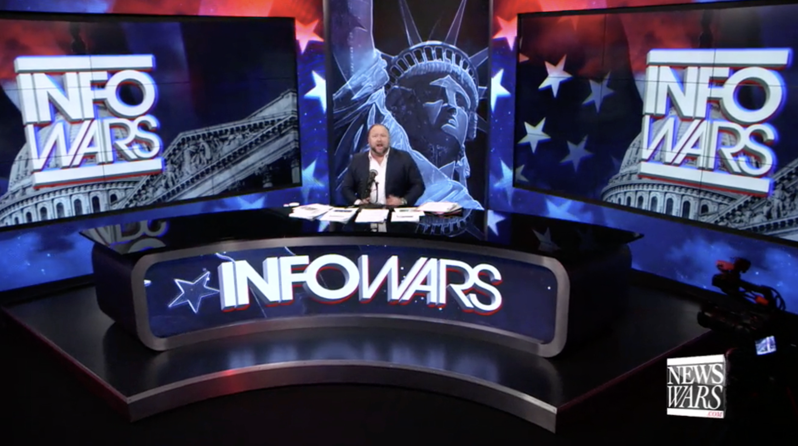 Alex Jones Infowars Studio EXZM Zack Mount December 31st 2020